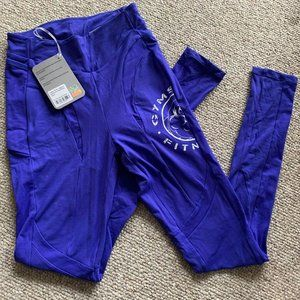 NWT Gymshark Legacy Panel Leggings S –FITS XS ONLY